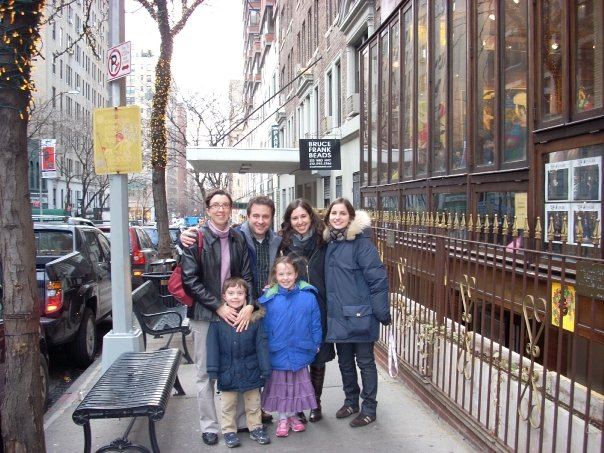 Walking tour in front of Cafe\' Lalo
