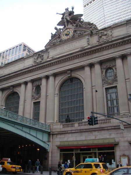 Front facade (facing south)